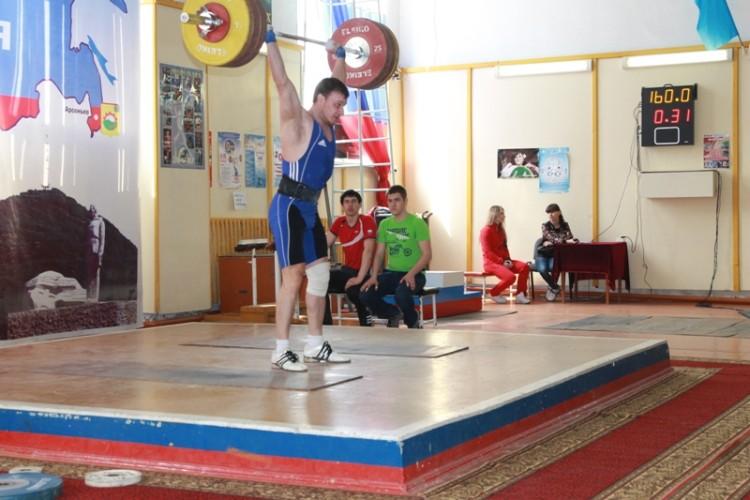 Чемпионат Приморского края по тяжёлой атлетике среди мужчин и женщин